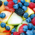Фрукты и ягоды при диабете: какие кушать можно а какие нет?