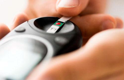 Первое использование глюкометра можно проводить под контролем квалифицированного специалиста, который объяснит нюансы эффективной эксплуатации